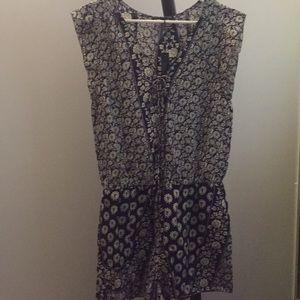Gypsy 05 printed navy blue and white romper large